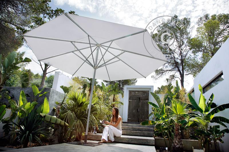 Hage Parasoller for skygge og komfort på solfylte sommer dager