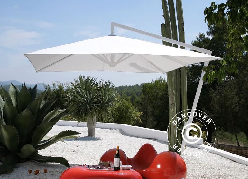 Vakker uthengende parasoll